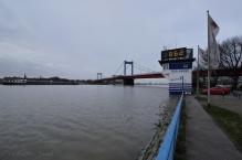 8,62 m heute Nachmittag um ca. 15:30 am Pegel DU-Ruhrort...